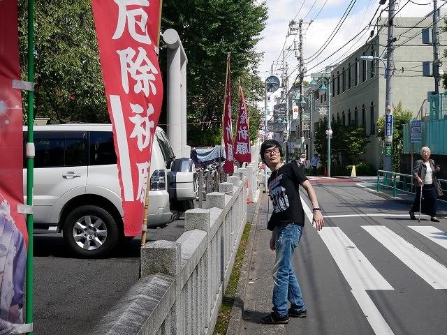 神明宮への道2